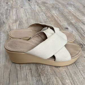 Donald J Pliner Seva Sandals